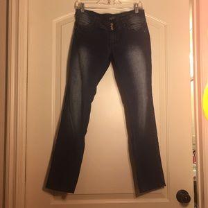 NWOT Angels Skinny Jeans Petite